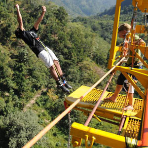 Bungee Jumping from Aspen Adventures Camp